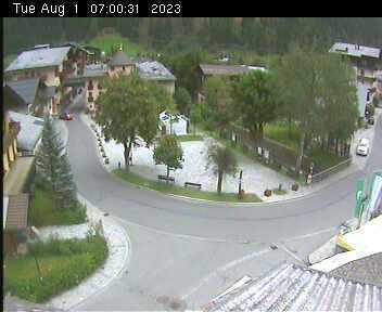 Dorfplatz 2 - 07:00