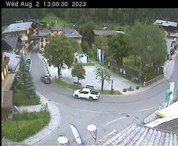 Dorfplatz 2 - 13:00