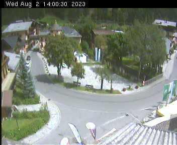 Dorfplatz 2 - 14:00