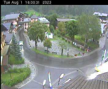 Dorfplatz 2 - 16:00